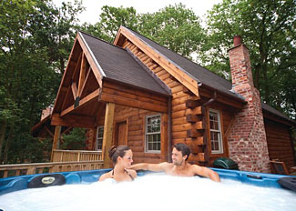 Holiday Lodges near Edwinstowe Nottinghamshire England - Outdoor hot tub at Moshannan Lodge ( Ref LP5223 )