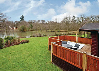 Mandarin Plus Lodge with hot tub ( Ref LP8445 ) overlooking the lake at Ashlea Pools Lodges - Hopton Heath accommodation in Shropshire