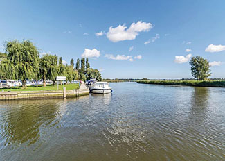 Riverside setting at Waveney River Centre - Holiday Lodges at Burgh St Peter near Beccles in Norfolk