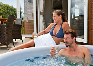 Outdoor hot tub at Pecknall Lodge ( Ref LP8038 ) Wigmore Lakes holiday lodge - Wattleborough in Shropshire England