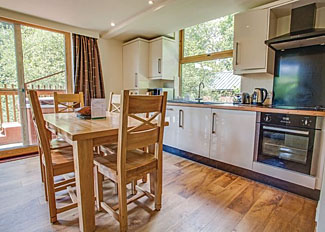 Kitchen at Golden Oak Lodge - Deerpark Cabins Liskeard Cornwall England