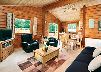 Owl Lodge VIP ( Ref LP3845 ) at Heronstone Lodges in Brecon Beacons National Park in Powys Wales