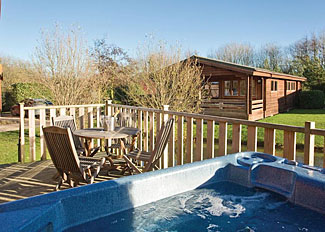 Hot tub at Lilypad Watersedge Lodge ( LP3028 ) Dacre Lakeside Park - Self catering accommodation near Driffield England