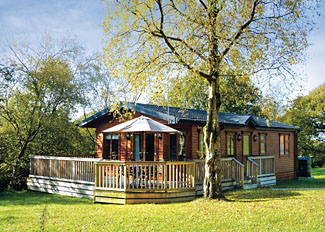 Derbyshire Holiday Lodge - Woodland Lodge ( Ref LP4760 ) at Charlesworth Lodges near Glossop