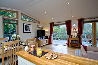 Photo of interior of Gaias Lodge at 4 Indio Lake - Holiday Lodges in South Devon England
