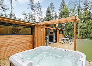 Glade Exclusive 2 Spa Lodge ( Ref LP15104) at Landal Darwin Forest Country Park Peak District Derbyshire
