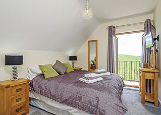 Double bedroom at Valley View Lodge ( Ref LP11435 ) Holiday Lodge in Powys Wales - Slate House Lodges Llandinam UK