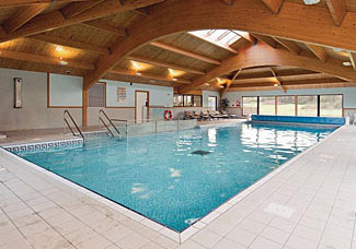 Warren Lodges has an indoor heated swimming pool - Maldon holiday property in Essex England