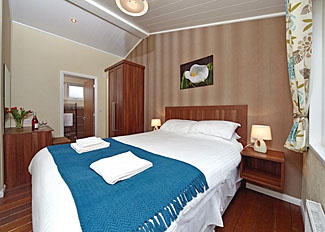 Epworth Lodge double bedroom ( Ref LP7397 ) Bainland Lodges - Holiday Lodge in Lincolnshire England