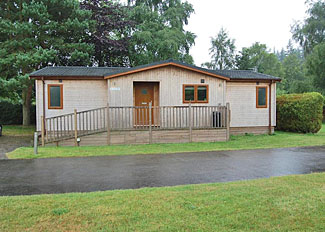 Navenby Lodge ( Ref LP7400 ) Holiday Lodge at Bainland Lodges in Lincolnshire East England