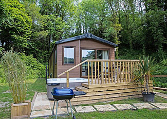 Falcon Woodside Lodge ( Ref LP12377 ) at Herons Lake Retreat - Holiday Lodge in Caerwys Flintshire Wales