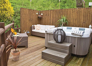Hot tub and decking at Heron Lakeside Lodge ( Ref LP11202 ) Self Catering Lodge Accommodation at Herons Lake Retreat in Flintshire North Wales