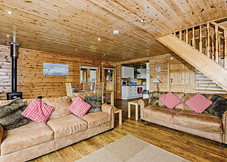 Anglesey Lakeside Lodges - Open plan interior of Alaw Lodge ( Ref LP7376 ) Wales holiday lodge in Anglesey