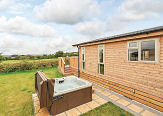 St Marys Lodge outdoor hot tub ( Ref LP15130 ) Caddys Corner Holiday Lodges - Self catering near Falmouth Cornwall UK