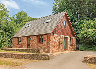 Wharf Lodge ( Ref LP3453 ) at Whipcott Water Holiday Lodges - Holcombe Rogus in Somerset England