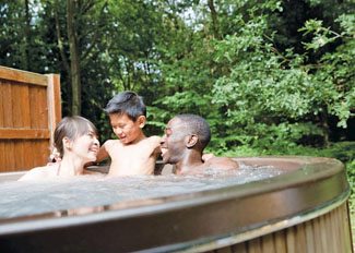 Outdoor hot tub at Woodland Maple Lodge ( Ref LP6436 ) Shropshire holiday lodge near Ellesmere England - Woodland Park