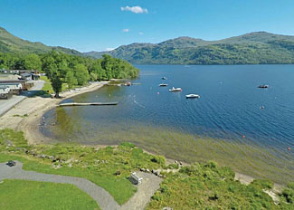 Holiday lodges with lochside location at Loch Lomond - Self catering accommodation near Inveruglas Scotland